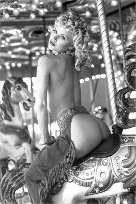 merry-go-round_carousel Platinum magazine