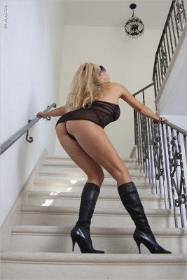 Barbara Moore_Roxbury Staircase
