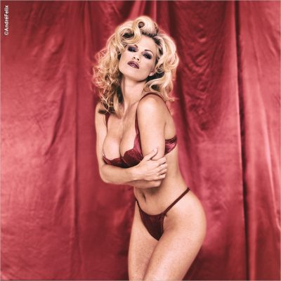 Playboy Playmate Neriah Davis